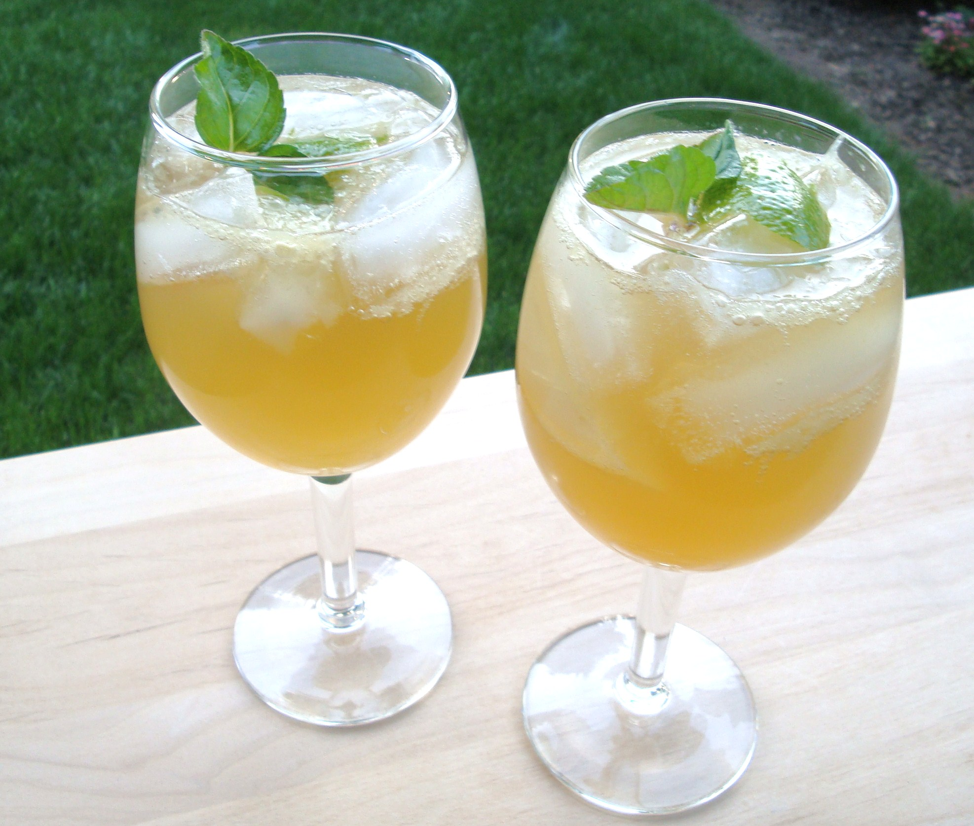 Mint Bourbon And An Amazing Cocktail!